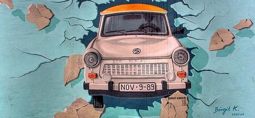 Muro di Berlino: le moto che guidavamo 30 anni fa, quando crollò (4)