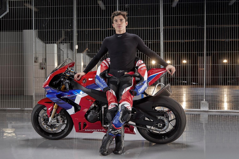 Marc Márquez e la Honda CBR1000RR-R SP: Ma è davvero una moto stradale?