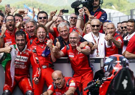 Claudio Domenicali: Lorenzo e Bautista? Basta: Ducati non ha colpe!