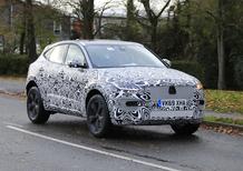 Jaguar E-Pace restyling, le foto spia