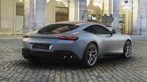 Ferrari Roma, la nuova creatura di Maranello omaggio a La Dolce Vita