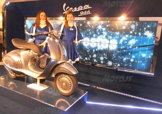 Vespa 946 esposta allo Spazio Broletto 13 a Milano