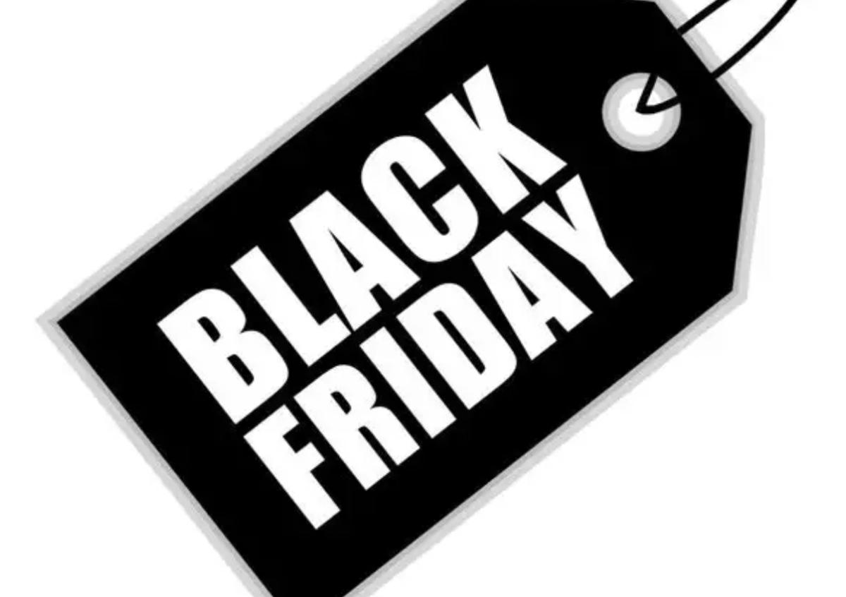 Suzuki, Black Friday: sconto del 15% su abbigliamento e