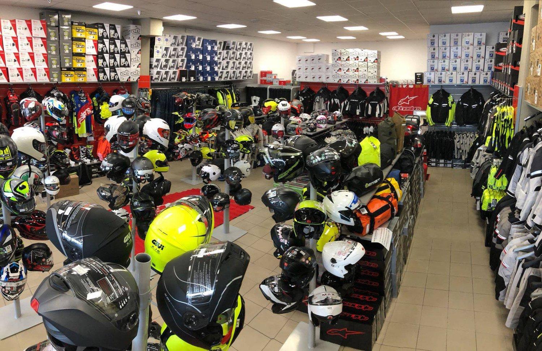 Motoabbigliamento.it inaugura un nuovo punto vendita a Milano