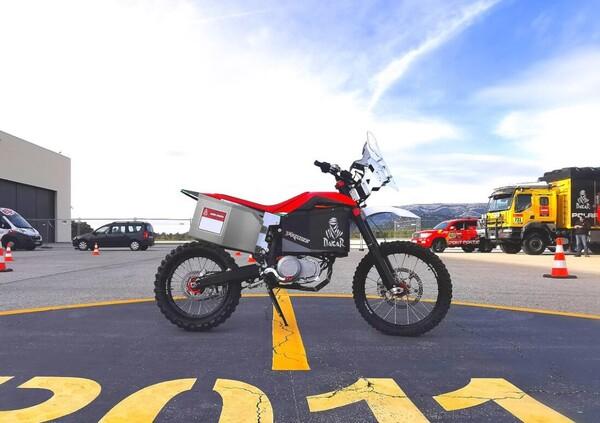 Tacita, la prima moto elettrica alla Dakar