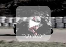 Video. Yamaha TMAX in pista