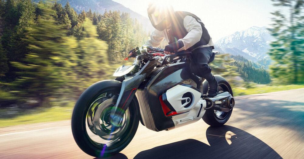 "Schramm, BMW: ""La nostra prima moto elettrica arriverà tra cinque anni"""