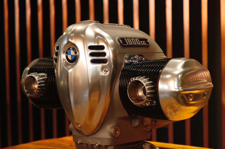 BMW R18. Il nuovo super Boxer 1800 e i richiami al passato