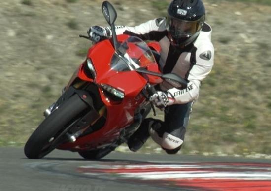 Nico Cereghini torna a correre nel CIV con la Ducati Panigale!