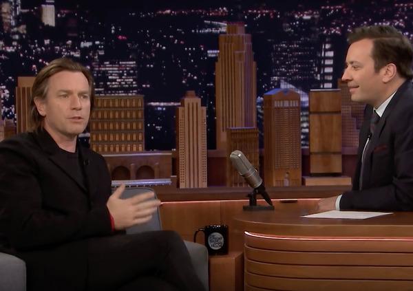 Ewan McGregor da Jimmy Fallon racconta lavventura sulla LiveWire