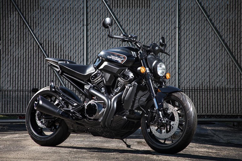 Mercato moto: Harley Davidson, vendite giù ma spinge decisa sul rinnovamento