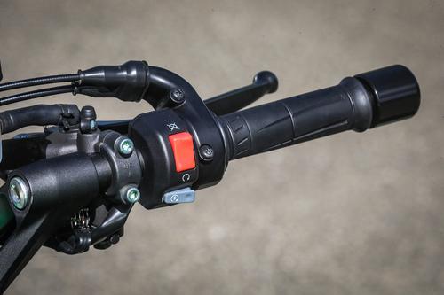 Il blocchetto destro della Kawasaki Z1000SX