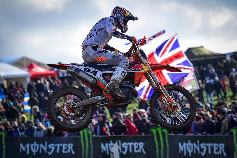 MX 2020. GP del Regno Unito. Jeffrey Herlings su Gajser e Cairoli