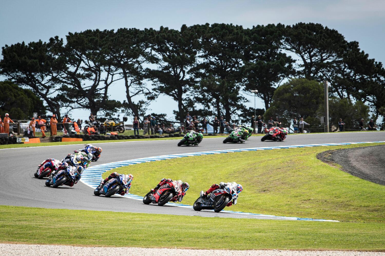 SBK Phillip Island, le foto della gara oltre la gara