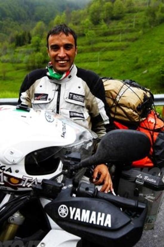 Davide Biga e la sua Yamaha Super Ténéré al rientro dal Giro del Mondo