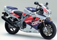 Le Belle e Possibili di Moto.it: Honda CBR 900RR FireBlade