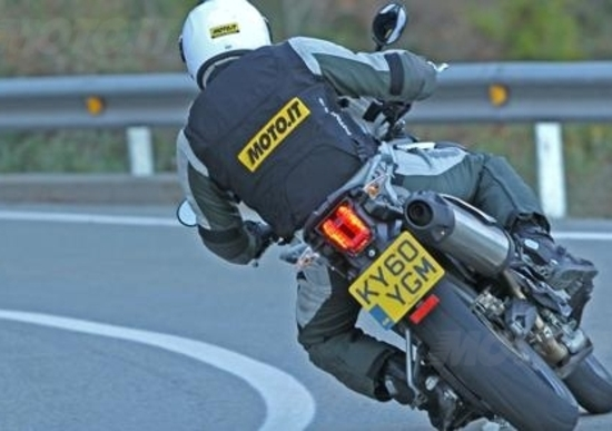 Airbag per motociclisti. Entro fine anno la nuova normativa UE