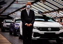 """Volkswagen ferma la produzione di Golf e Tiguan: """"i clienti ora non sono interessati alle auto"""""""