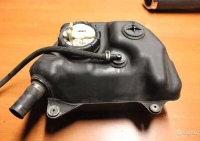 Serbatoio e pompa benzina Suzuki Burgman 650 - Annuncio 8053124