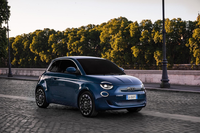 Nuova Fiat 500 Fiat-500-elettrica-berlina-1