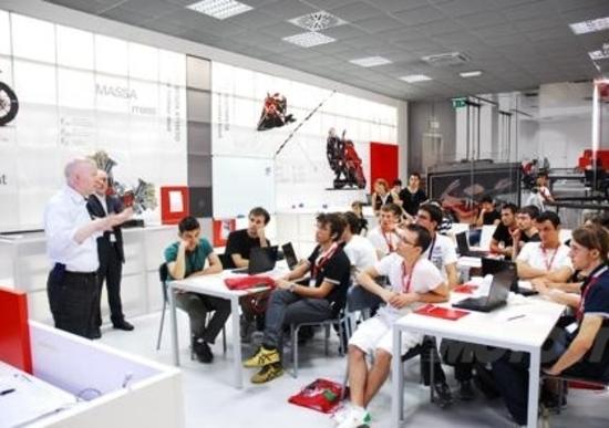 Ducati Summer School Fisica in Moto 2012