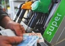 Carburanti: ancora sconti nel weekend