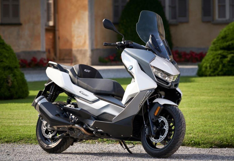 BMW C400 X e C400GT Online Edition: vendita promozionale sul web