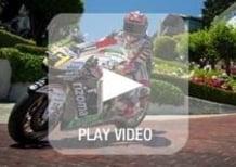 Stefan Bradl e la sua Honda RC213V per le strade di San Francisco