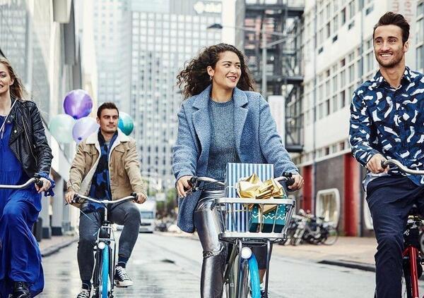 Swapfiets. Arriva a Milano il noleggio a lungo termine di bici, eBike e monopattini
