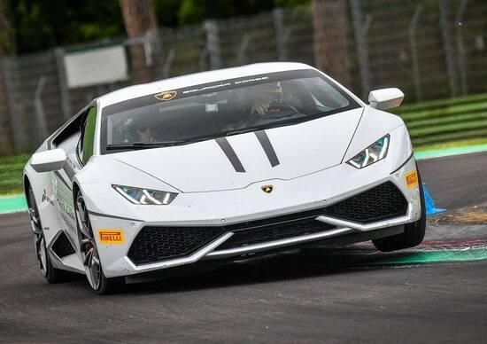 Lamborghini: Stoner e Dovizioso ospiti dell'Accademia a Imola