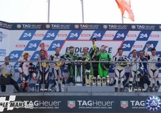 24 Heurs Moto di Le Mans: vince la Kawasaki Ninja ZX-10R