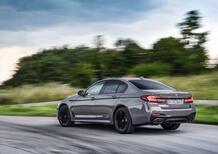 Nuove berline di classe Plugin (PHEV)? Prova della ibrida premium BMW 545e [6 cyl. 400CV, 4x4, 50Km EV]