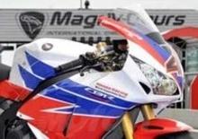 Honda CBR 1000 RR. A Magny Cours debuttano le grafiche 2013