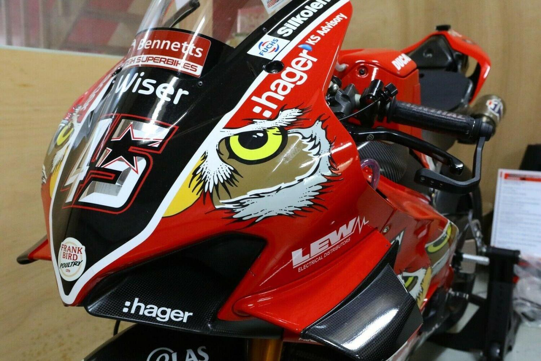 Superbike: all'asta la Ducati Panigale V4R BSB di Scott Redding [GALLERY]