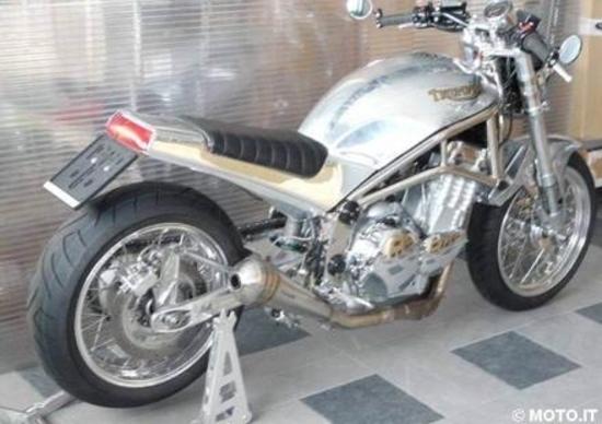 Le strane di Moto.it: Triumph Thunderbird