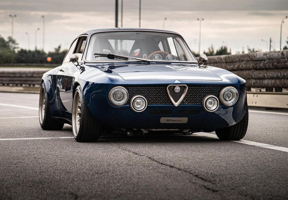 L'Alfa Romeo Giulia GT è rinata: bella, potente, elettrica ...