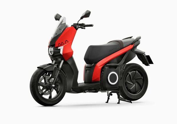 SEAT MÓ eScooter 125. Arriva il primo scooter elettrico della casa automobilistica