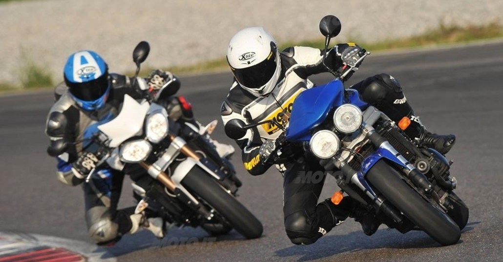 Triumph Speed Triple 955 vs 1050