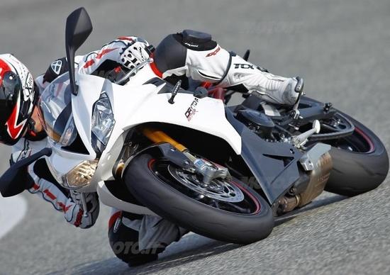 Prova Triumph Daytona 675 2013 Prove Motoit