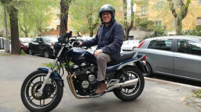 Carlo Verdone: 70 anni da motociclista nella vita e sul set
