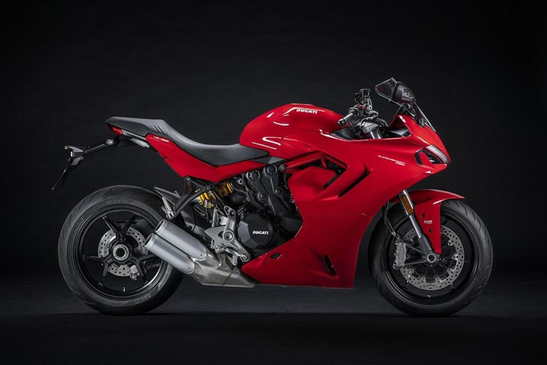 Ducati SuperSport 950 e 950 S 2021: dati e foto
