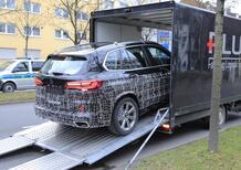 BMW X5 restyling, maxi griglia o no? Le foto spia