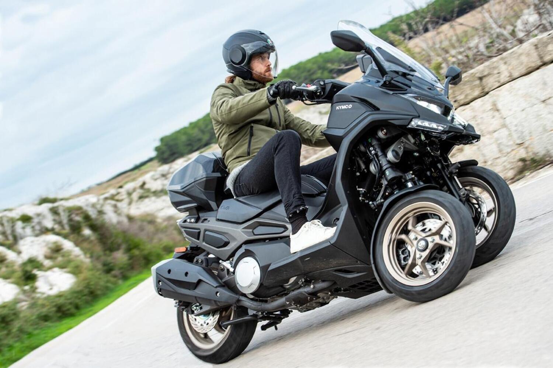 Kymco CV3: il maxi scooter a tre ruote arriverà nel 2021