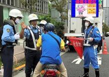 In Giappone stop alle auto a benzina dal 2035. E le moto?
