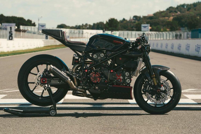 Ducati 999 Black Edition by Freeride: la riscossa del brutto anatroccolo