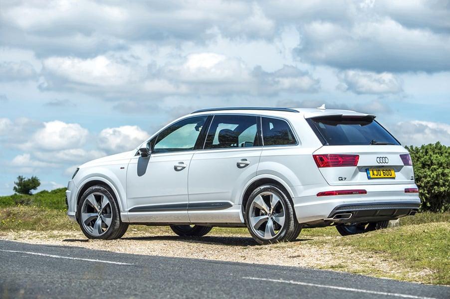 Audi Q7 e-tron 3.0 TDI quattro tiptronic Business Plus (3)