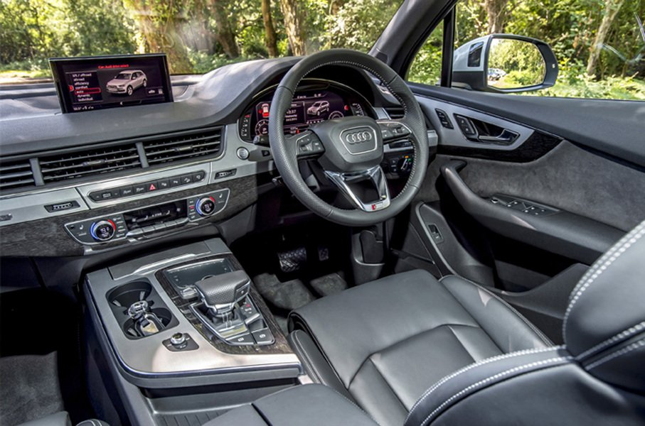 Audi Q7 e-tron 3.0 TDI quattro tiptronic Business Plus (4)