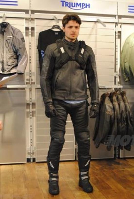 Triumph presenta la collezione abbigliamento e accessori SS13
