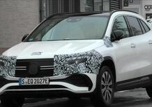"""Nuova Mercedes EQA, -10: ecco il Crossover """"quasi pronto"""" [GLA elettrico]"""