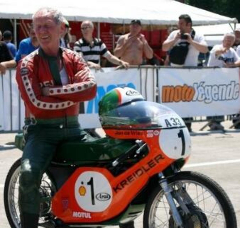 E' scomparso Jan De Vries, il pilota che spartì un mondiale (e pure qualche pugno) con Angel Nieto